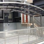 ガレージの門扉 オーバードアタイプの設置例4